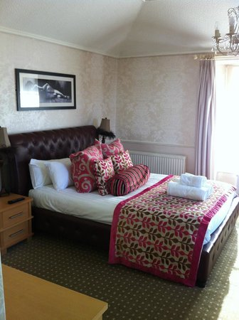 The Angel Inn:                   Superior Lake View double en-suite - Room 1