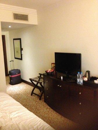 Grand Excelsior Hotel Deira:                   Room