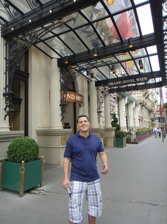 Grand Hotel Wien:                   in front of the hotel
