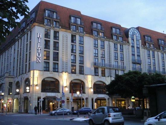 Hilton Berlin:                   the hotel