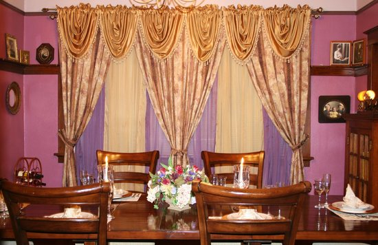 Annapolis, MO: Main Dinning Room