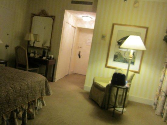 Hotel Monteleone: Entryway