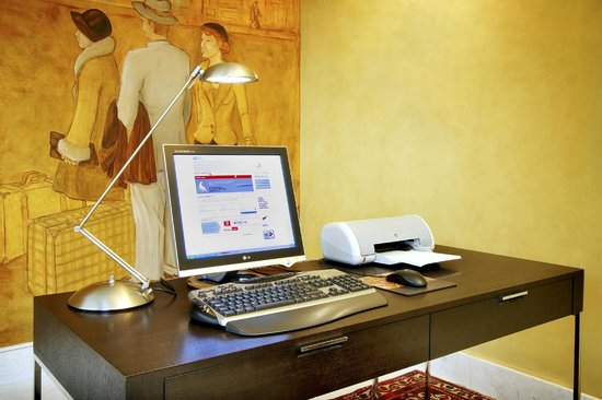 Silken St. Gervasi Hotel: Business Corner