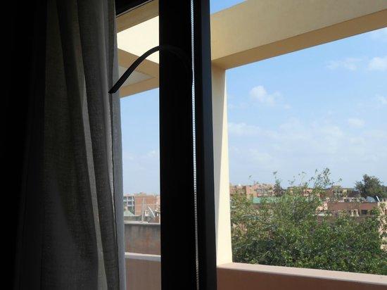 Dellarosa Hotel Suites & Spa:                   door too the terrance kept breaking, unable to lock