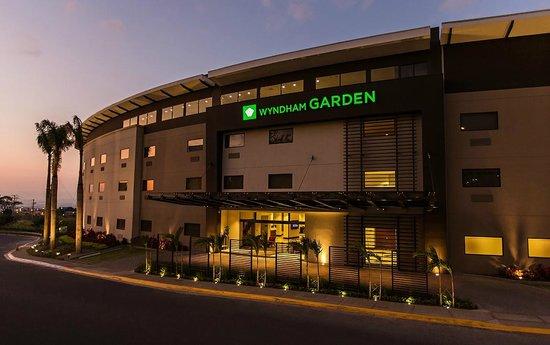 Wyndham Garden San Jose Escazu: Front