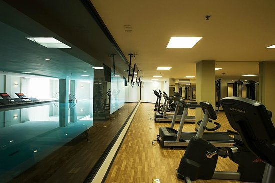 Wyndham Garden San Jose Escazu: GYM