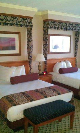 Harrah's Resort Atlantic City:                   nice beds