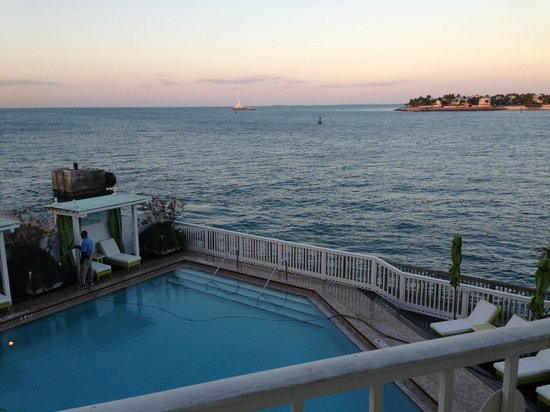 Ocean Key Resort & Spa: Ocean Key Resort - Deluxe Oceanfront Suite