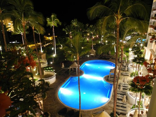 Fairmont Kea Lani, Maui:                   night view from room