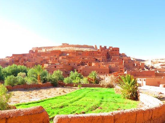 Morocco Sahara 4x4 - Day Tours:                   vilarejo