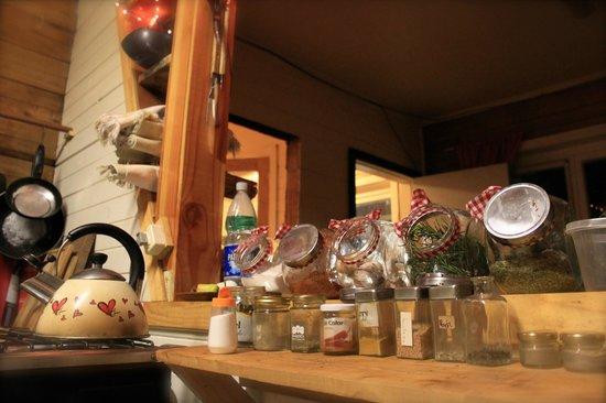 Hostal Vermont: Kitchen