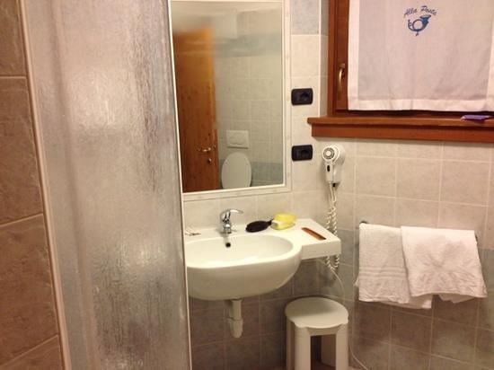 Albergo Alla Posta:                   bagno enorme e comodo