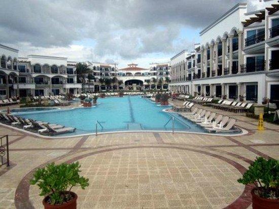 The Royal Playa del Carmen:                   main pool