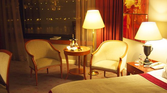 InterContinental Budapest: Room with river view