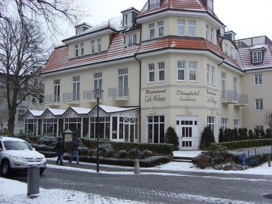 strandhotel sonnenburg k hlungsborn tyskland kro anmeldelser sammenligning af priser. Black Bedroom Furniture Sets. Home Design Ideas
