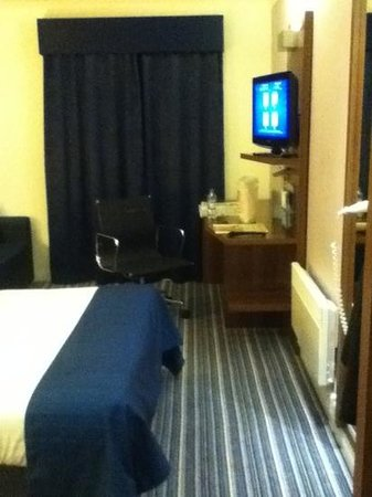 Holiday Inn Express Leeds East :                   Great room