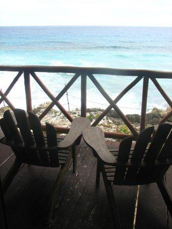 Ventanas al Mar:                   Balcony