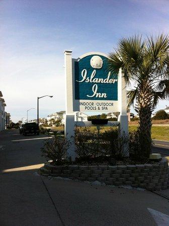 Islander Inn: Sign