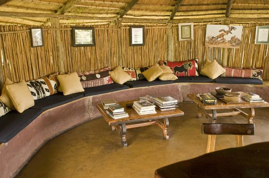 Umlani Bushcamp :                   The Bar. The guest rooms are of similar construction : not waterproof. The bar