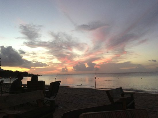 Maritim Resort & Spa Mauritius:                   Sunset at La Maree