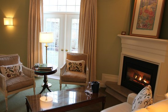 Inn On The Twenty: A Garden Suite with private patio