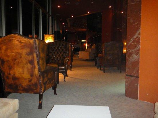 JA Jebel Ali Beach Hotel : Mushref bar