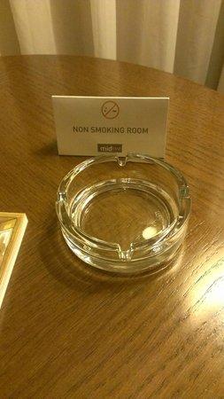 Midtown Hotel: Humor? ;)