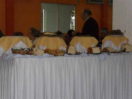 Royal Iguassu Hotel:                   servicio del comedor