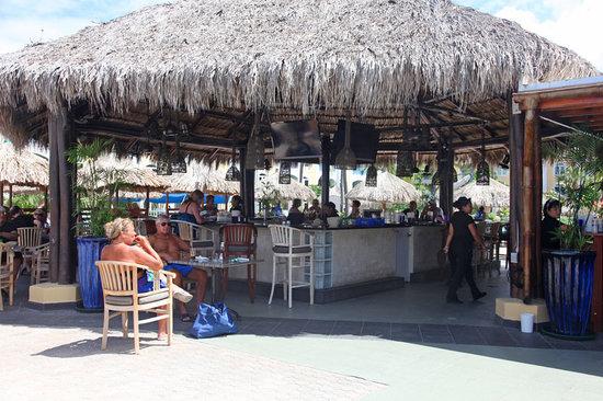 Water's Edge Restaurant & Bar Aruba : Waters Edge 12 North Restaurant and Bar, Aruba