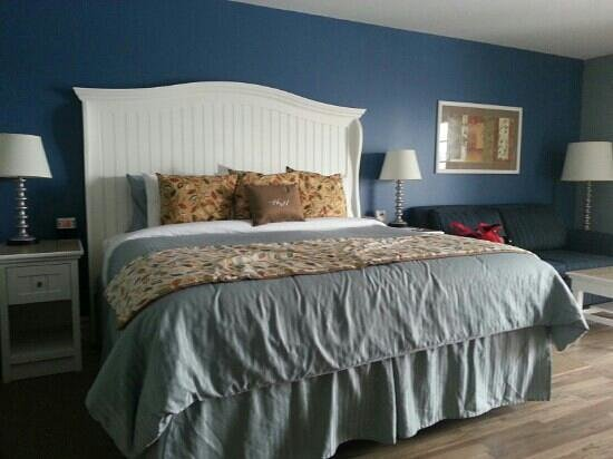 Watkins Glen Harbor Hotel: super comfy bed