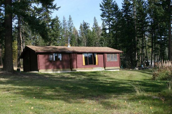 Northwood Lodge and Resort: Panaboat (larger cabin)