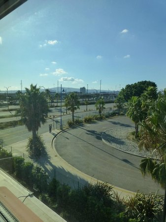 Residence Inn Long Beach Downtown: Parking