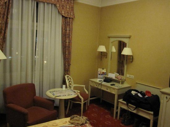 Danubius Hotel Astoria City Center:                   Room 302