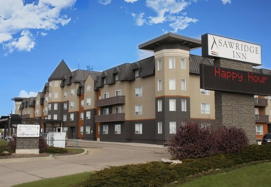 Sawridge Inn and Conference Centre Edmonton South: Hotel Exterior