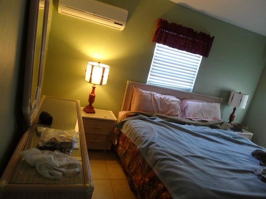 Castaways Cottages of Sanibel:                   Master bedroom cottage #5 King bed,