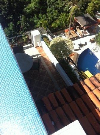 Casa Cupula:                   Looking down from rooftop deck