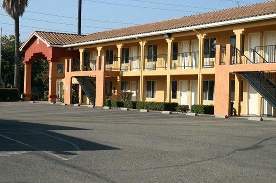 Econo Lodge: Exterior Hotel