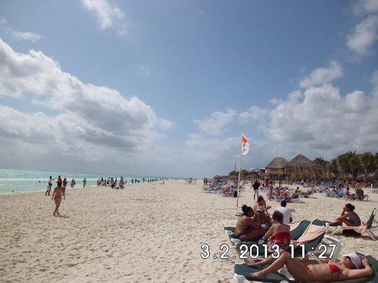 Hotel Riu Lupita:                   super strand