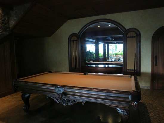 The Springs Resort and Spa: Beautiful pool table