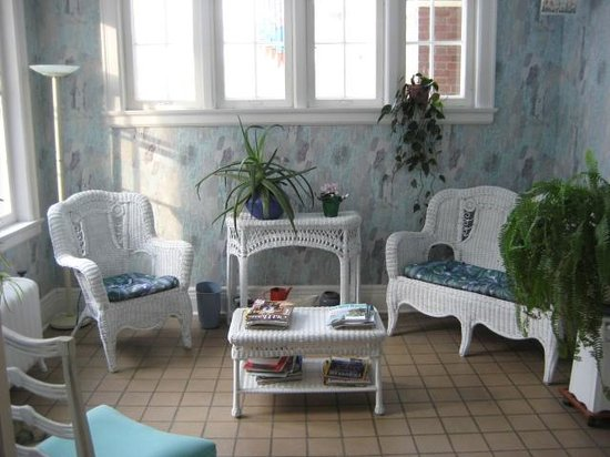 Peaches Bed and Breakfast : Sunroom
