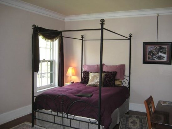 Peaches Bed and Breakfast : Bedroom 3