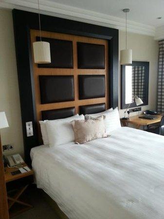 โรงแรมลอนดอน ฮิลตัน ออน พาร์ค เลน:                   2022
