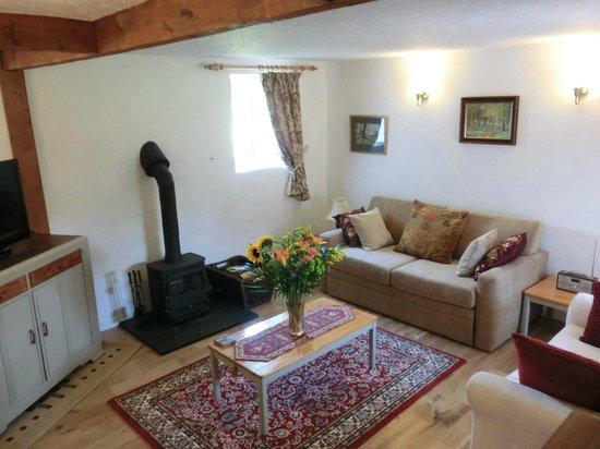 Hendrifton Farm:                   Granary Lounge