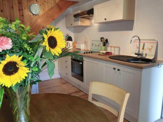 Hendrifton Farm:                   Granary Kitchen / Dining Room