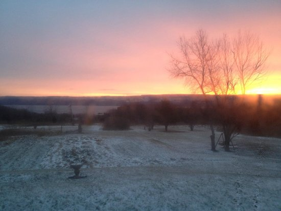 The Savannah House Inn:                   Sunrise over Seneca Lake