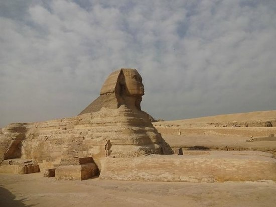 Hotel Sheherazade:                   The Sphinx at Giza