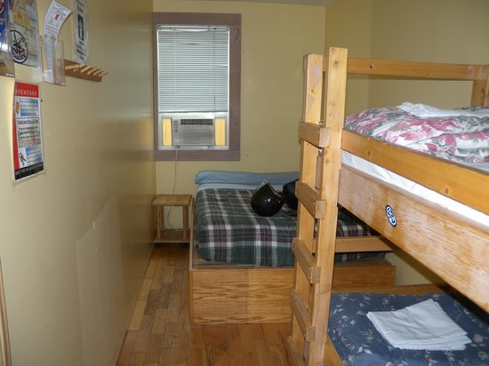 Revelstoke Hostel: room