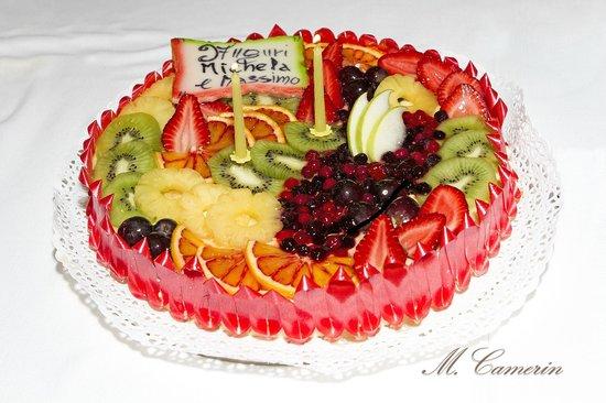 Hotel Adlon:                   Torta di frutta