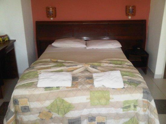 Imperial Hotel:                   Suites
