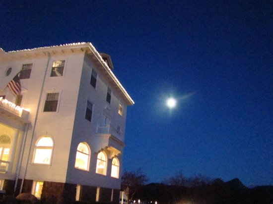 Stanley Hotel:                   Full moon at the Stanley